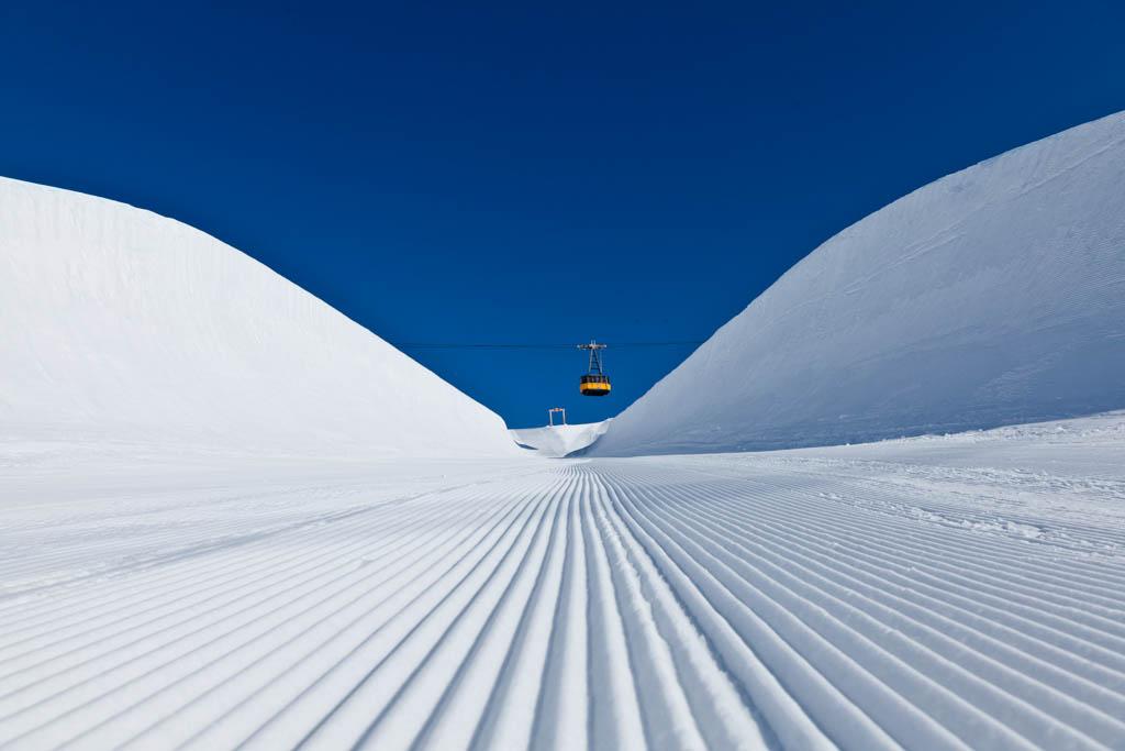 Der Sport und Event Fotograf aus Köln hat diese Halfpipe im Winter in Oberstdorf fotografiert.