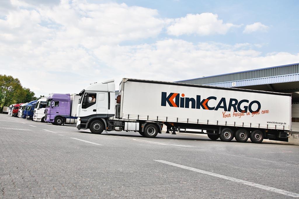 Business Fotograph EYECATCHME. hat für die Firma Klink Cargo Fotos für Werbung und Internet gemacht. Hier sieht man den Fuhrpark