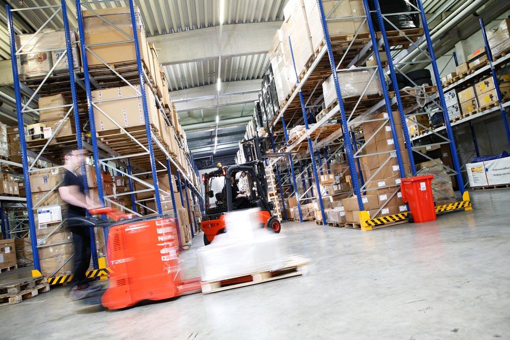 Die Business Fotos des Cargo Unternehmens sind gut gelungen, der Fotograf macht auch Automotivie Fotografie, was hier gut zu sehen ist