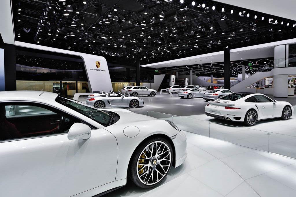Messefoto des Architekturfotografen aus Köln zeigt den Porsche 911.
