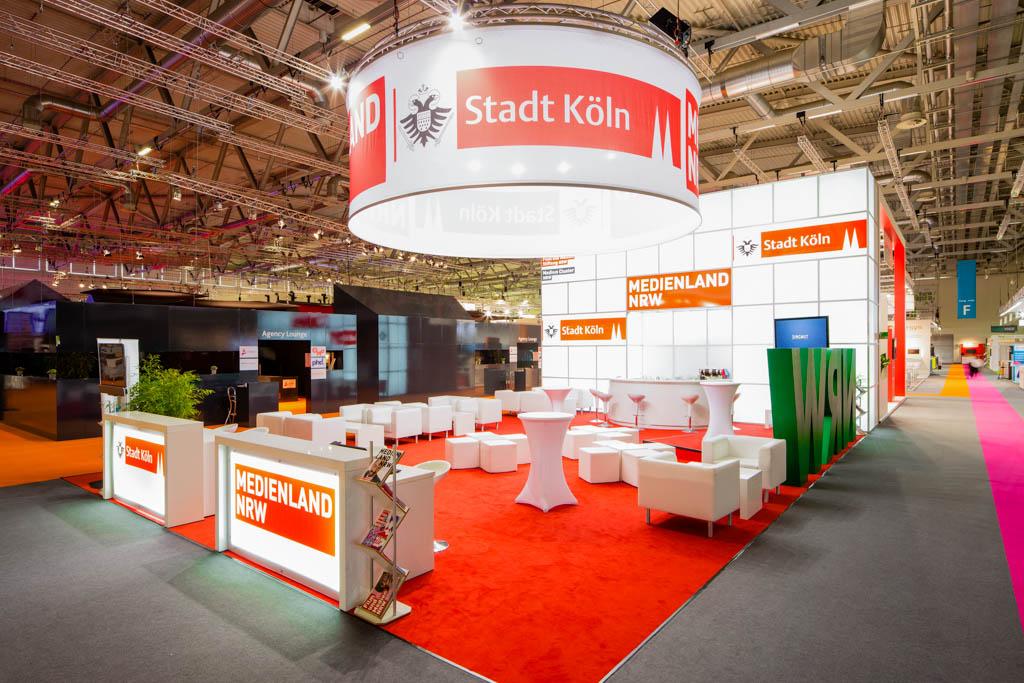 EYECATCHME. ist Ihr Fotograph für tolle Fotoshootings im Bereich Business, Messe und Convention.