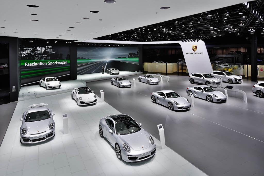 Panorama Fotos des Porsche Messestandes auf der IAA