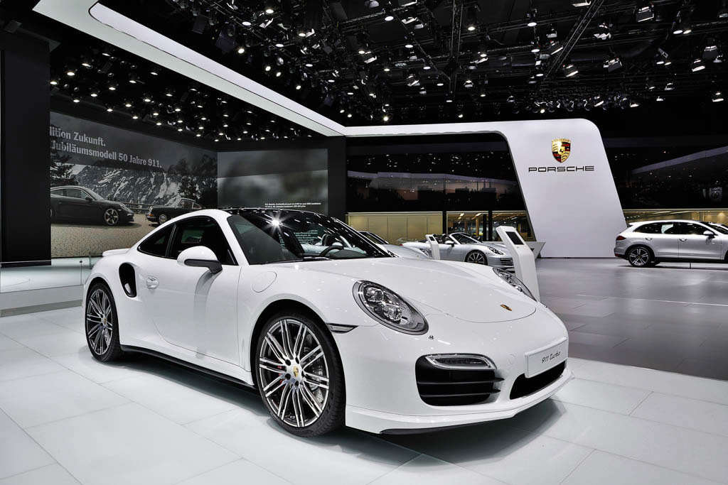 Porsche auf der Frankfurter Messe fotografiert von EYECATCHME.