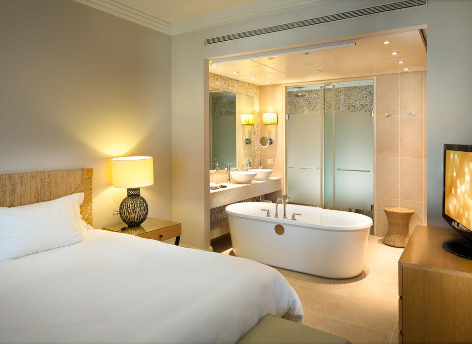 5 Sterne Hotel – Costa Navarino