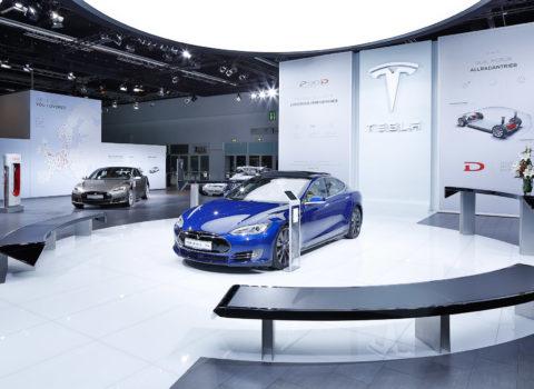 Tesla Messestand – IAA